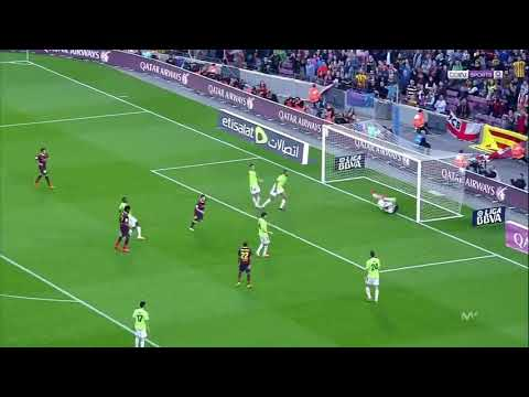 Messi confused this a goalkeeper, see it